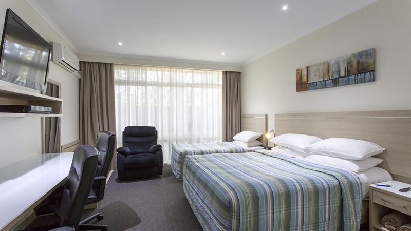 BEST WESTERN Aspen and Apartments - Accommodation in Surfers Paradise