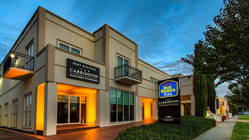 BEST WESTERN PLUS The Carrington - Accommodation in Surfers Paradise
