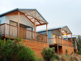 Discovery Holiday Parks Hobart Cosy Cabins - Accommodation in Surfers Paradise