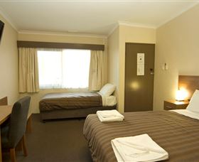 Seabrook Hotel Motel - Accommodation in Surfers Paradise