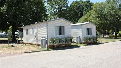 Myrtleford Holiday Park - Accommodation in Surfers Paradise