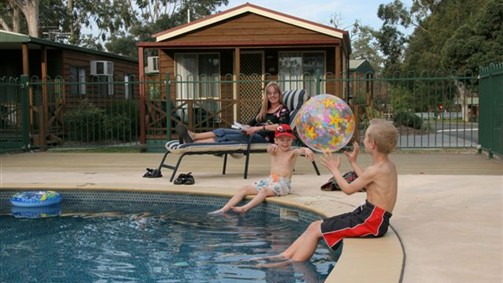 Lake Fyans Holiday Park - Accommodation in Surfers Paradise
