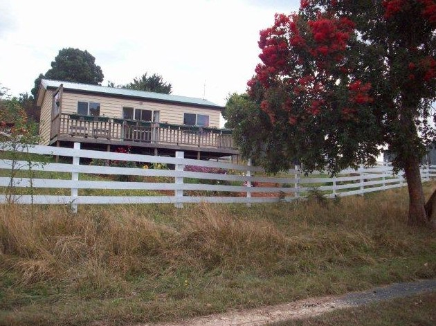 Demeter Farm Cabin - Accommodation in Surfers Paradise