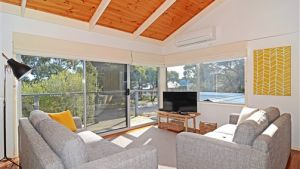 Barrakee Beach House - Anglesea - Accommodation in Surfers Paradise