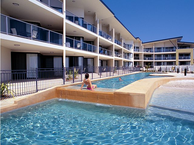 Boathouse Resort Tea Gardens - Accommodation in Surfers Paradise