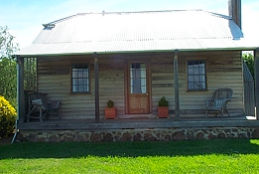 Brickendon Historic  Farm Cottages - Accommodation in Surfers Paradise