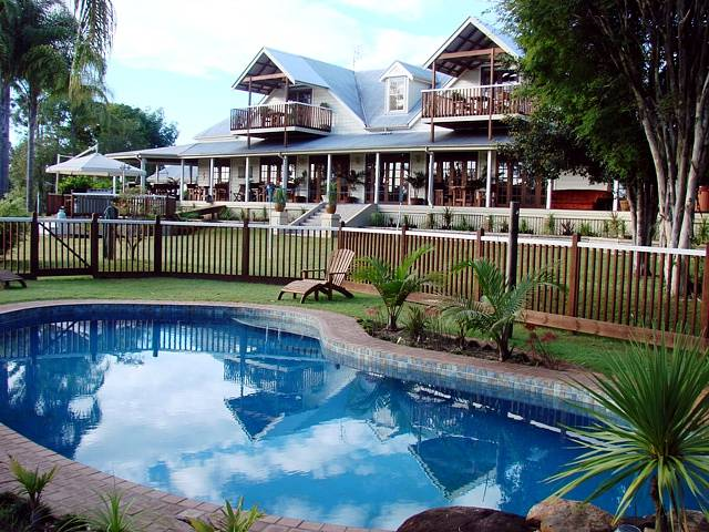 Clarence River Bed and Breakfast - Accommodation in Surfers Paradise