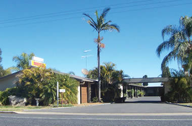 Countryman Motel - Accommodation in Surfers Paradise