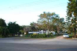 Home Hill Caravan Park - Accommodation in Surfers Paradise