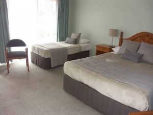 Melaleuca Motel - Accommodation in Surfers Paradise