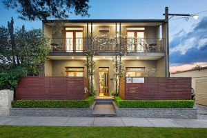 Prahran Village Guest House - Accommodation in Surfers Paradise