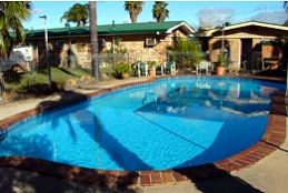 Starline Motor Inn - Accommodation in Surfers Paradise