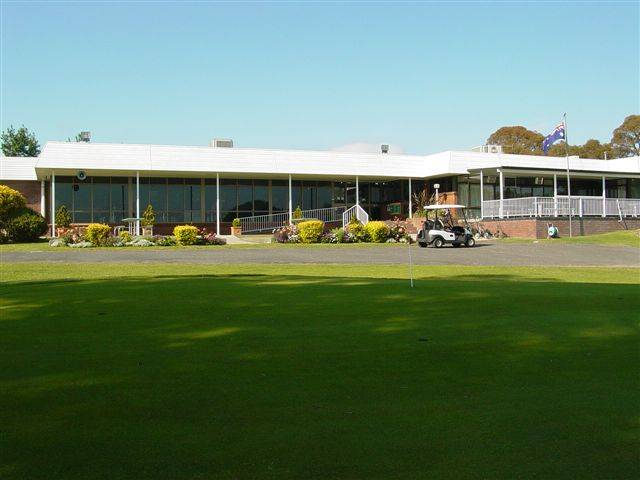 Tenterfield Golf Club and Fairways Lodge - Accommodation in Surfers Paradise