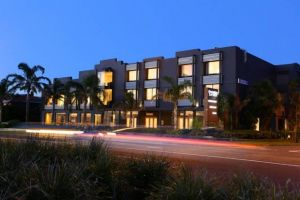 The Brighton Savoy Hotel - Accommodation in Surfers Paradise