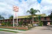 The John Hunter Motel - Accommodation in Surfers Paradise