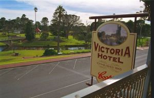 Victoria Hotel - Accommodation in Surfers Paradise