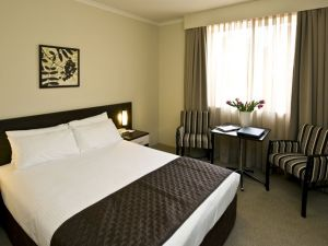 Wesley Lodge - Accommodation in Surfers Paradise