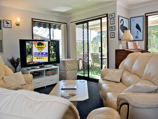 WOMBATS BB - Apartments - AAA 3.5 rated Gosford - Accommodation in Surfers Paradise