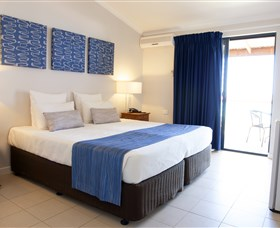 RAC Monkey Mia Dolphin Resort - Accommodation in Surfers Paradise