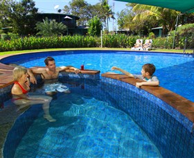 Aurora Kakadu - Accommodation in Surfers Paradise