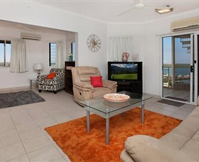 Central Grand Rooftop - Accommodation in Surfers Paradise