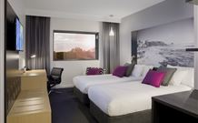 Mercure Newcastle Airport - Williamtown - Accommodation in Surfers Paradise