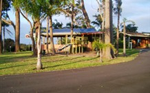 Tabourie Lake Motor Inn - Tabourie Lake - Accommodation in Surfers Paradise