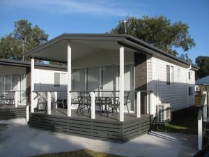 Lakeview Tourist Park - Accommodation in Surfers Paradise