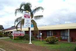 Country Roads Motor Inn - Accommodation in Surfers Paradise