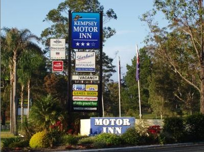 Kempsey Motor Inn - Accommodation in Surfers Paradise