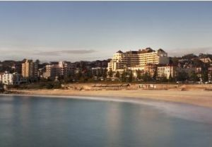 Crowne Plaza Coogee Beach - Accommodation in Surfers Paradise