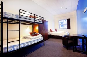 Urban Central Hostel - Accommodation in Surfers Paradise