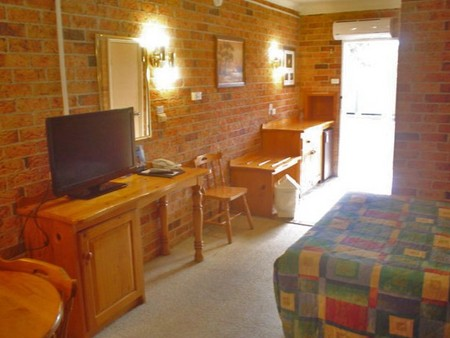 Coachmans Rest Motor Lodge - Accommodation in Surfers Paradise