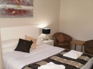 Country Leisure Motor Inn - Accommodation in Surfers Paradise