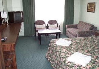 Coburg Motor Inn - Accommodation in Surfers Paradise