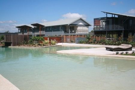 Australis Diamond Beach Resort  Spa - Accommodation in Surfers Paradise
