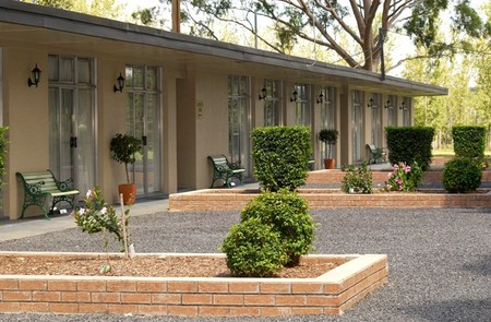 All Seasons Country Lodge - Accommodation in Surfers Paradise