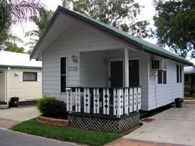 Maroochy River Cabin Village & Caravan Park - Accommodation in Surfers Paradise