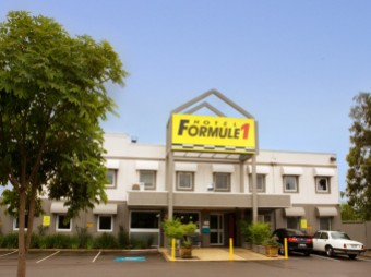 Formule1 Newcastle - Accommodation in Surfers Paradise