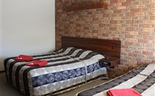 Woomargama Village Hotel Motel - Accommodation in Surfers Paradise