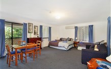 Ambleside Bed and Breakfast Cabins - Accommodation in Surfers Paradise