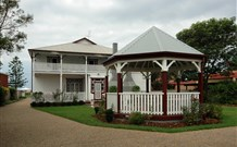 California Manor Bed and Breakfast - - Accommodation in Surfers Paradise
