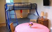 Cedar Grove Farmstay - - Accommodation in Surfers Paradise