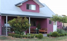 Magenta Cottage Accommodation and Art Studio - Accommodation in Surfers Paradise