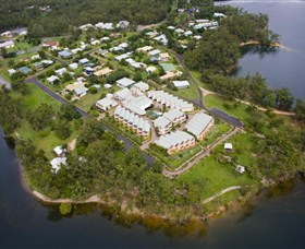 Tinaroo Lake Resort - Accommodation in Surfers Paradise
