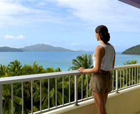 Hamilton Island Reef View Hotel - Accommodation in Surfers Paradise