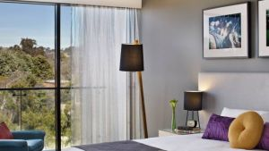 East Hotel  Apartments - Accommodation in Surfers Paradise
