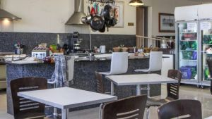Dickson Central - Accommodation in Surfers Paradise