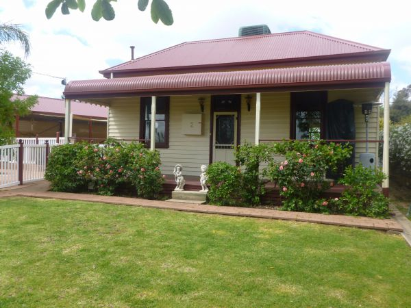 Country Cottages BB - Accommodation in Surfers Paradise