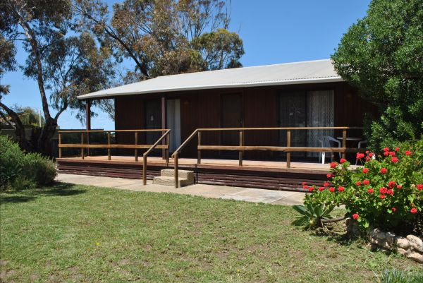 Clinton Cabin - Accommodation in Surfers Paradise